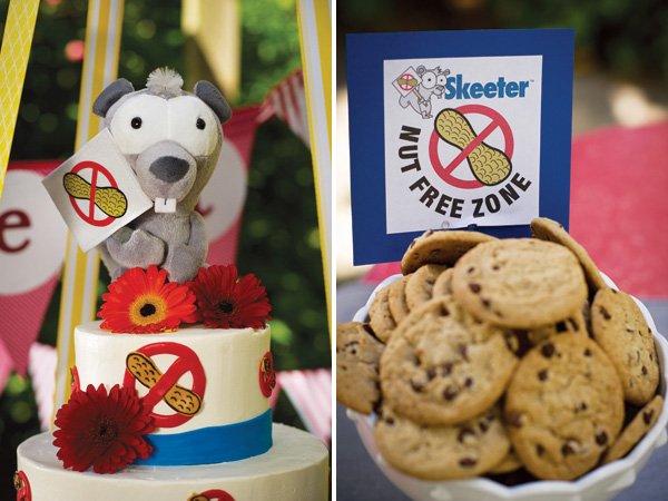 Skeeter plushie cake topper