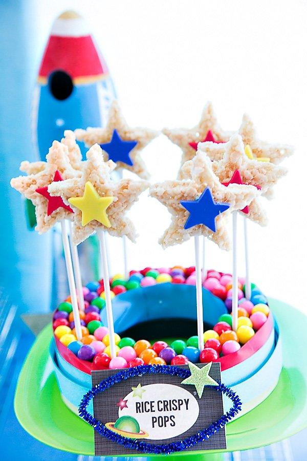 Star Rice Krispie Pops