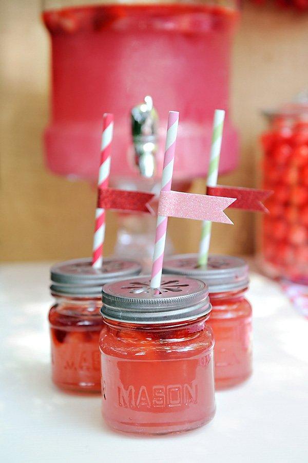 Strawberry Lemonade in Mason Jars