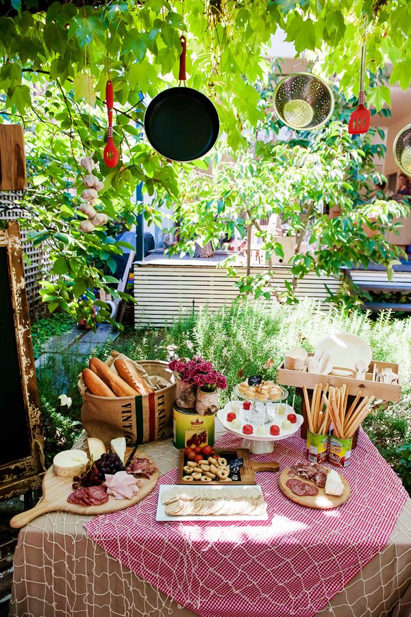 La dolce vita italy inspired twins birthday party for Italian inspired decor