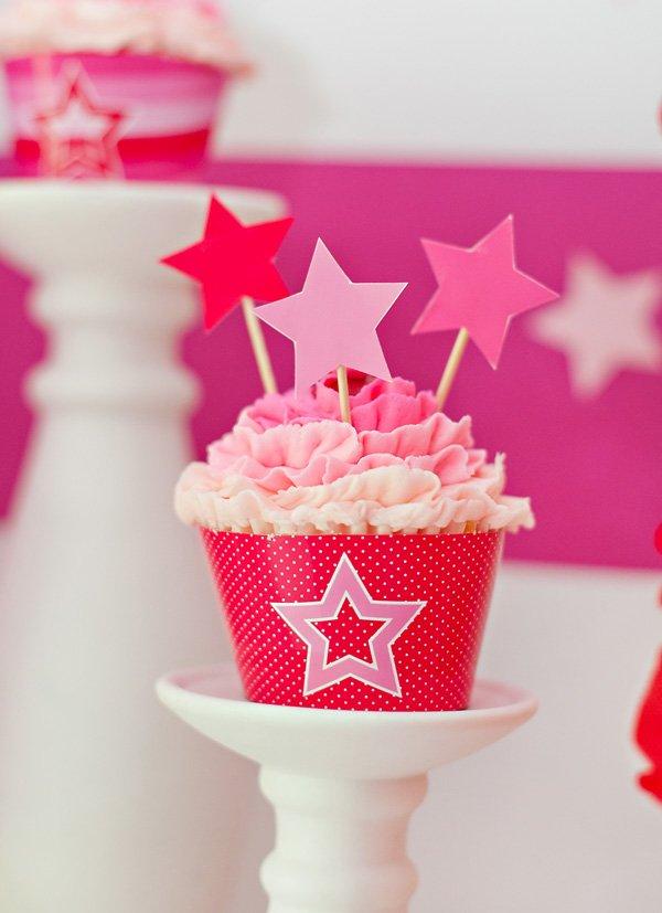Pink & star ruffle cupcakes