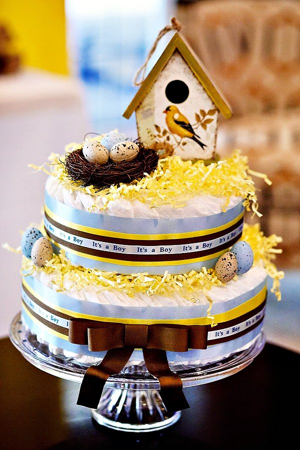 bird diaper cake
