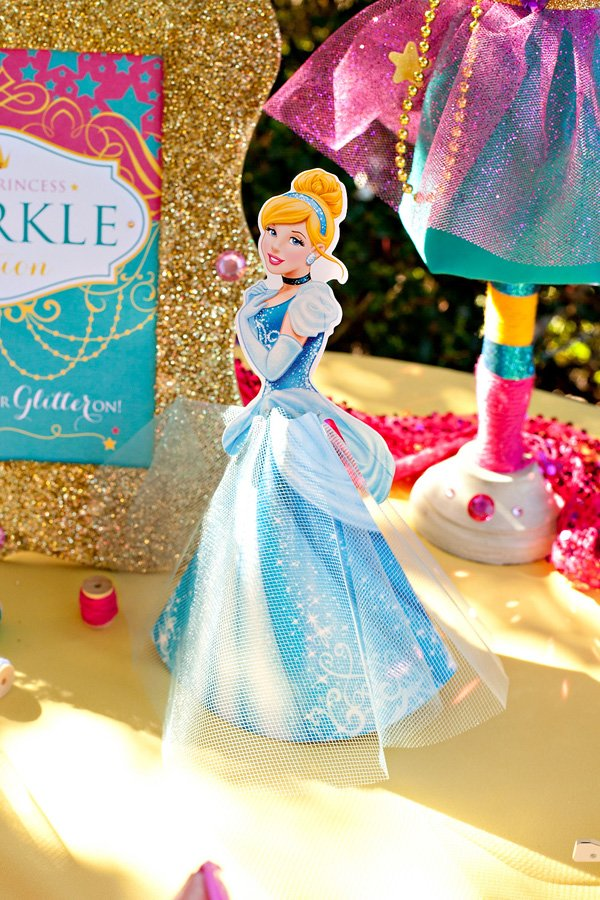 disney princess party - cinderella decoration