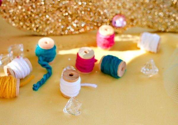 sewing decorations - mini spools with yarn