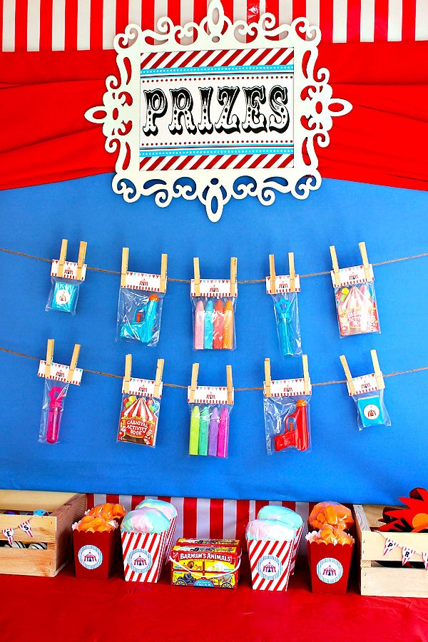 circus party prizes