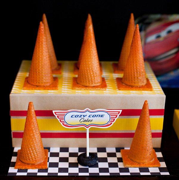 Cozy Cone Motel Cakes