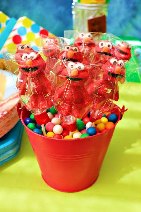 Elmo Lollipops