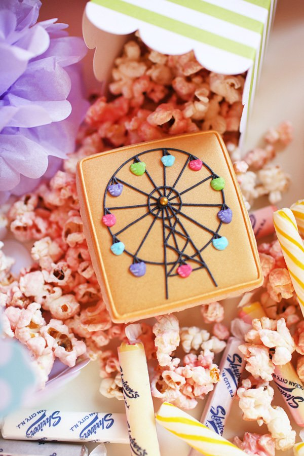 Ferris Wheel Cookie