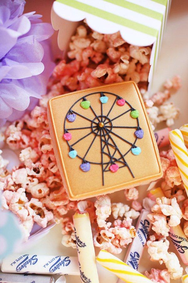 Ferris Wheel Cookie