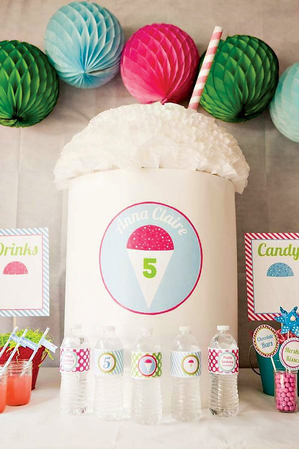 Giant Crafty Snow Cone Centerpiece