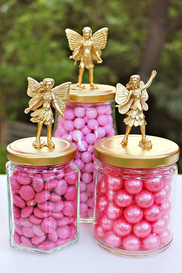 gold candy jars with pink candy
