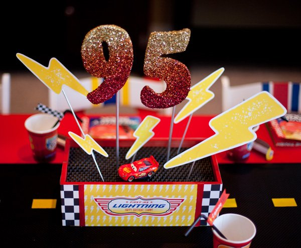 lighting mcqueen cars party centepriece