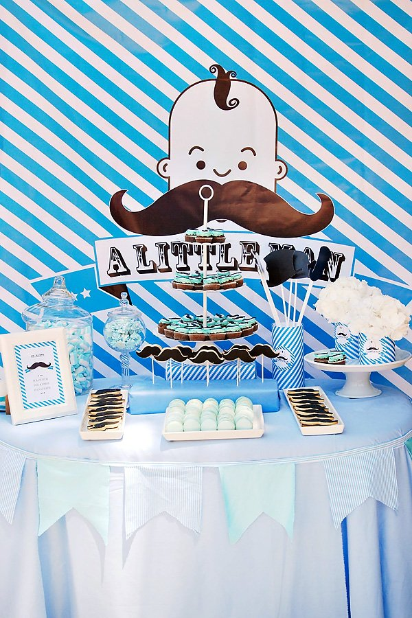 little man dessert table
