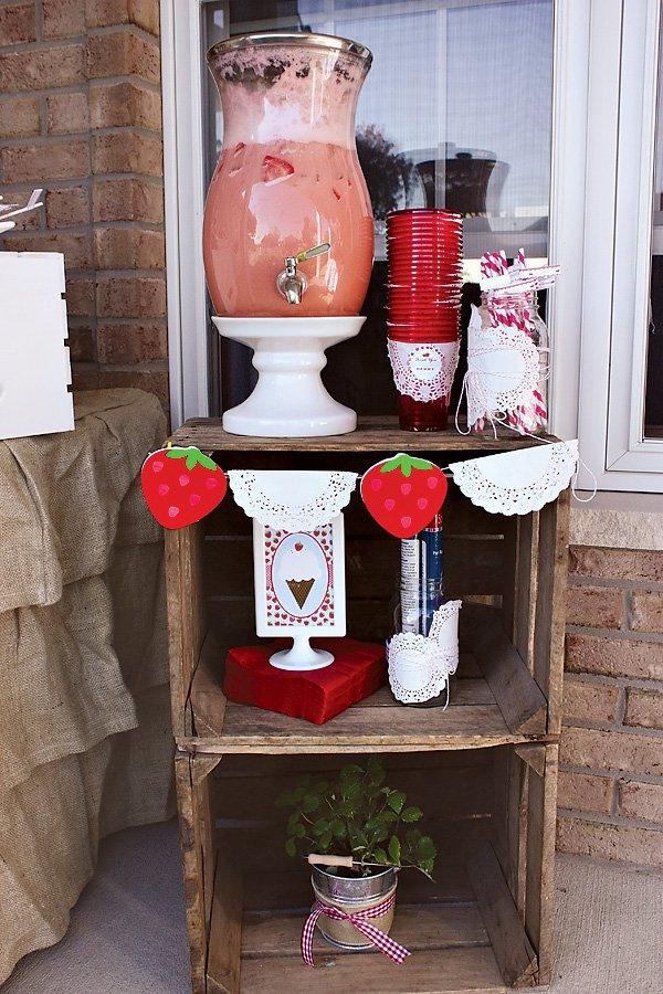 Strawberry Drink Station