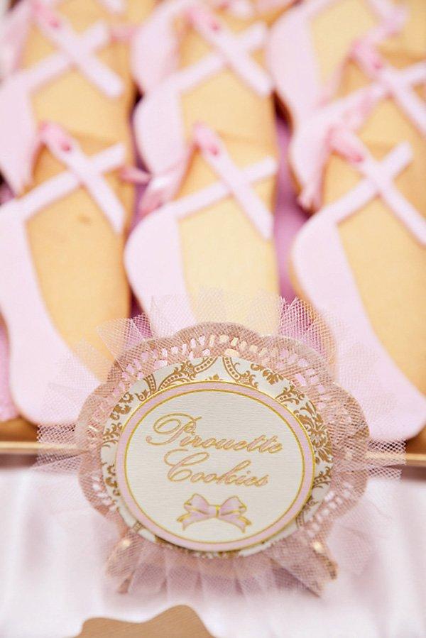 Pirouette Ballerina Cookies