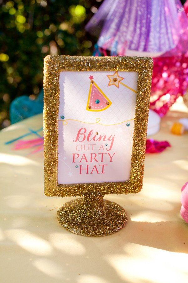 Bling out a Party Hat Printable Sign