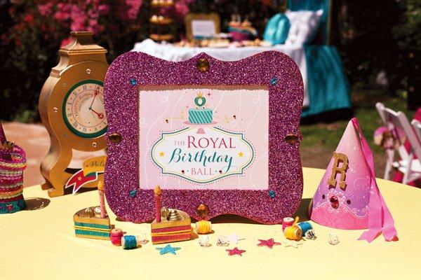 Royal Birthday Ball HWTM Free Printable Sign