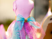 diy tulle bow and skirt - party decoration