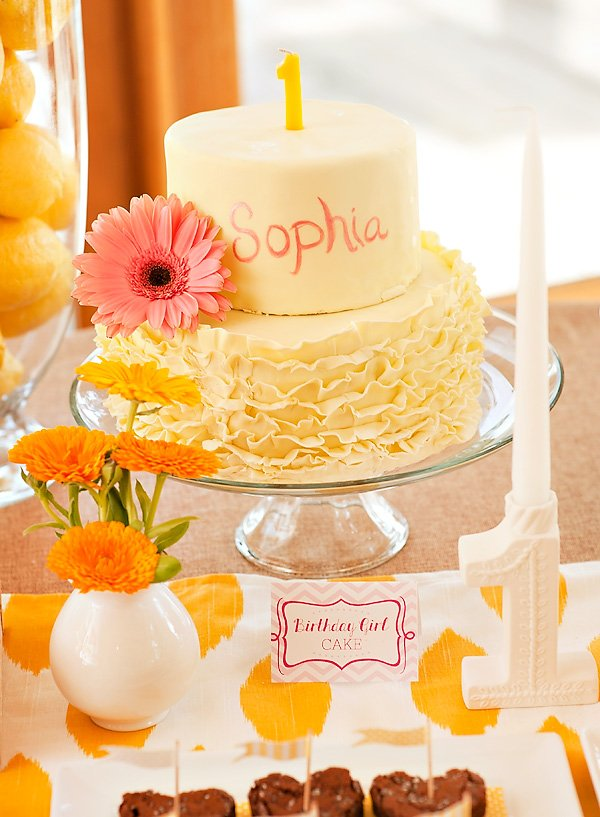 yellow ruffle smash cake