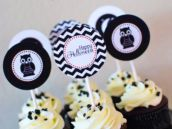 black and white halloween cupcakes