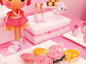 button lollipops for a pink lalaloopsy party