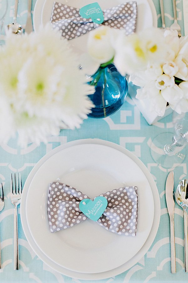 grey polka dot napkins for an inspired wedding look