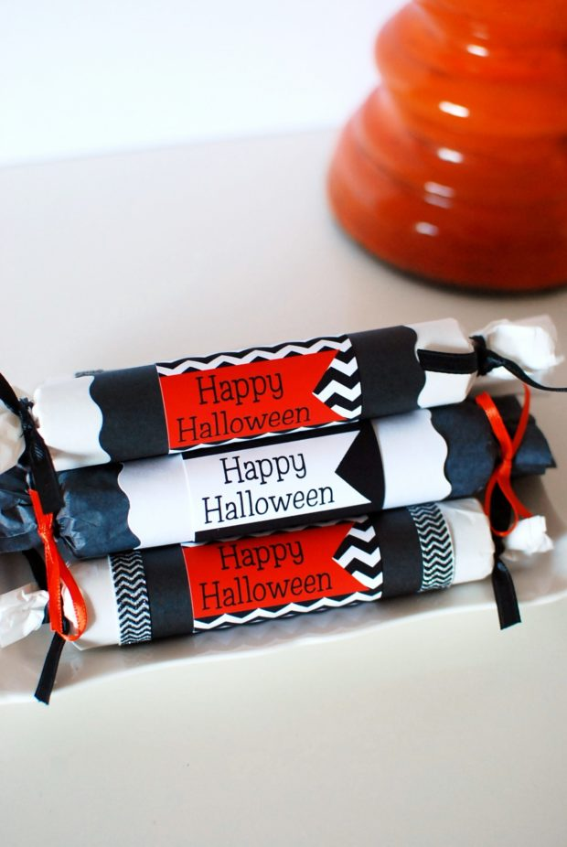 diy halloween crackers