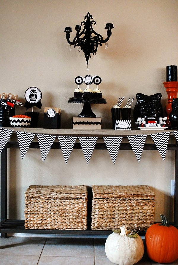 halloween dessert table - Halloween Party Rules