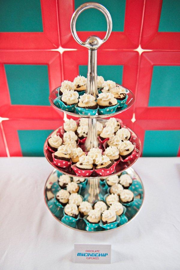 microchip cupcakes