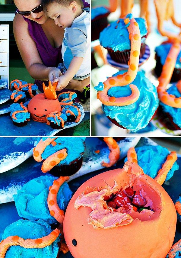 octopus pinata cake