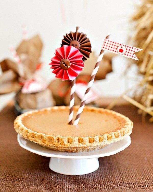 cute pie topper idea