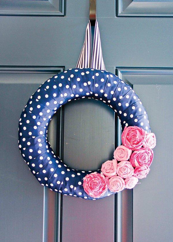 polka dot wreath diy