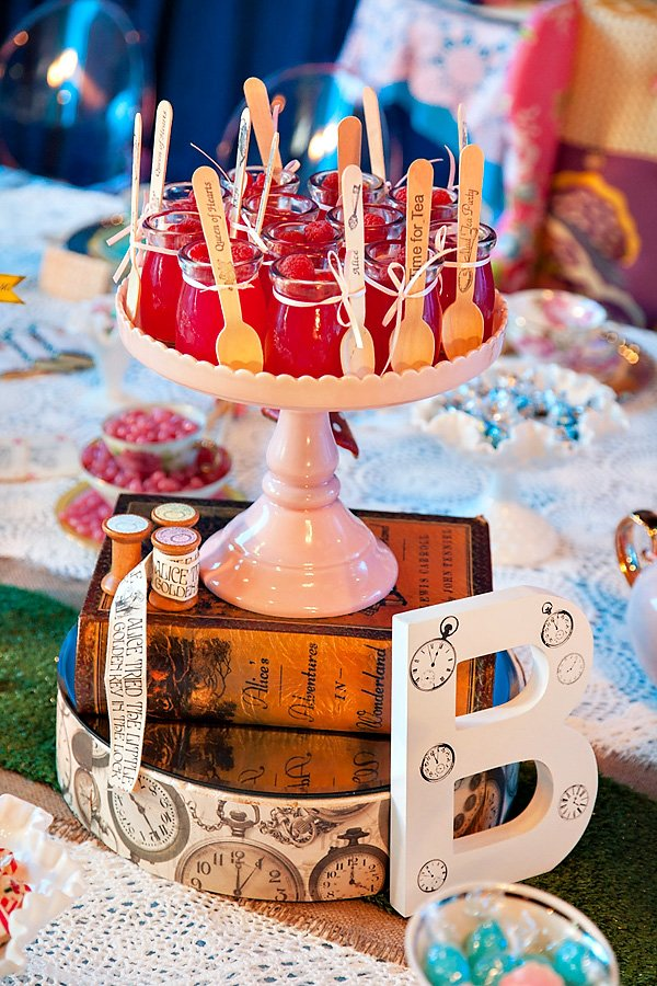 tea party centerpiece idea