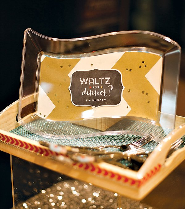"""Waltz for Dinner"" Printable Plate Decor"