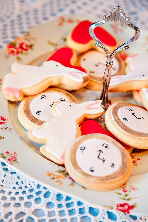 white rabbit cookies