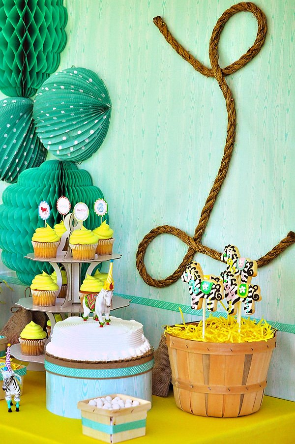 Yellow and Green Pony Party Decoration Ideas