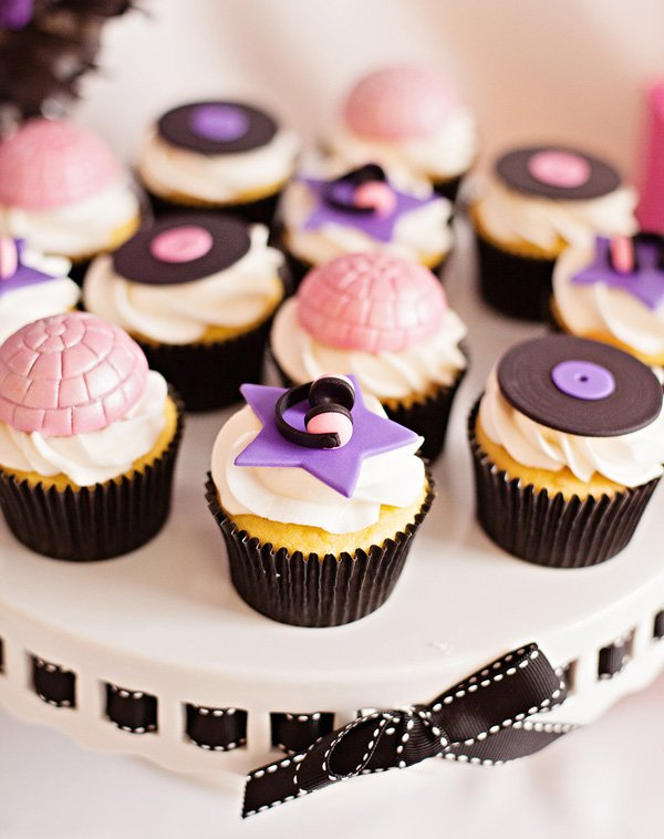 disco ball cupcakes for a rocsktar birthday party