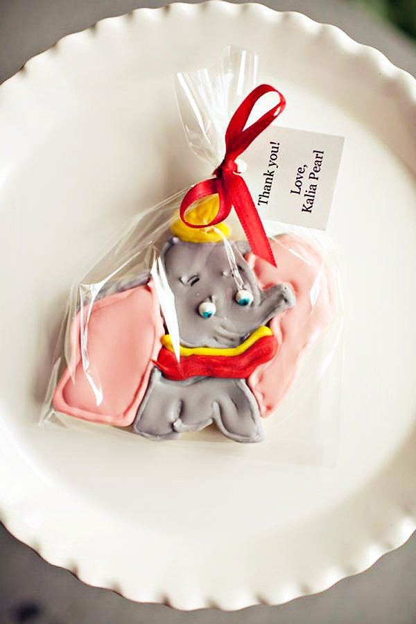 Girly Dumbo Inspired Circus Party {First Birthday