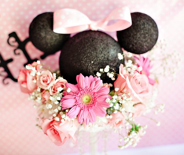 minnie party centerpiece
