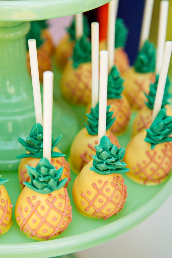 pineapple cake pops