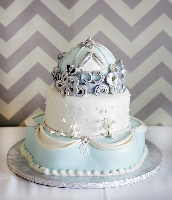 Cinderella princess carriage birthday cake