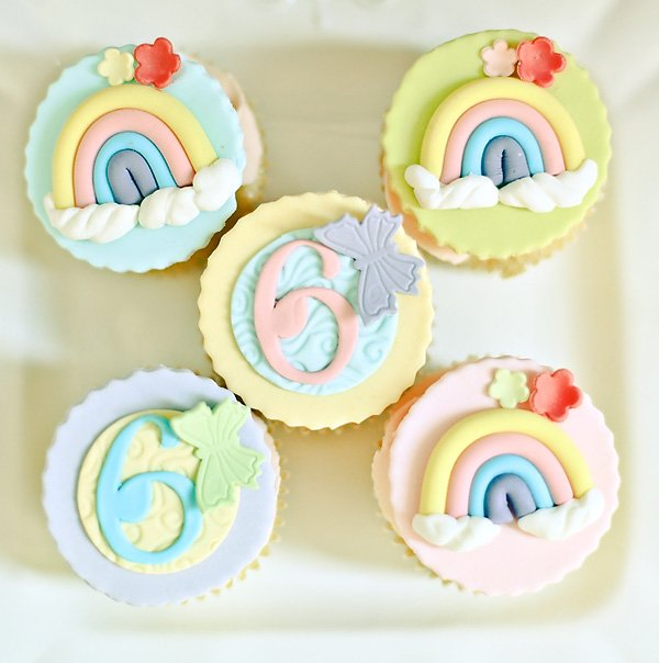 rainbow and butterfly birthday party my little pony cupcakes