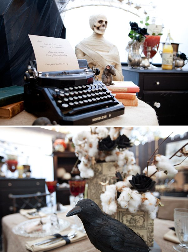 typewriter accent decor