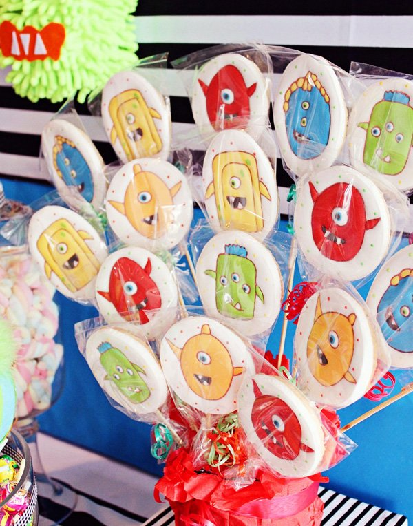 cute mosnter cookie display