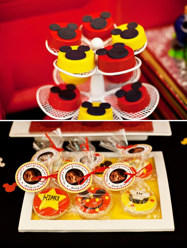 mickey mouse birthday party theme
