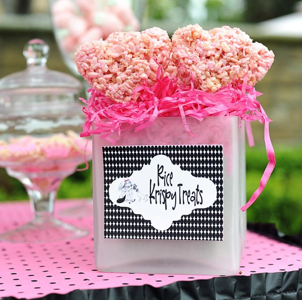 prink rice kripsy treats display