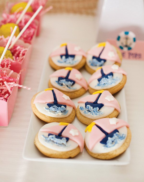 pink sailboat cookies