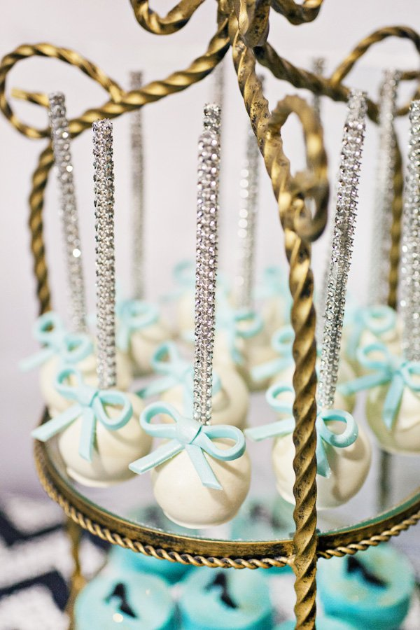 sparkly bow cake pops