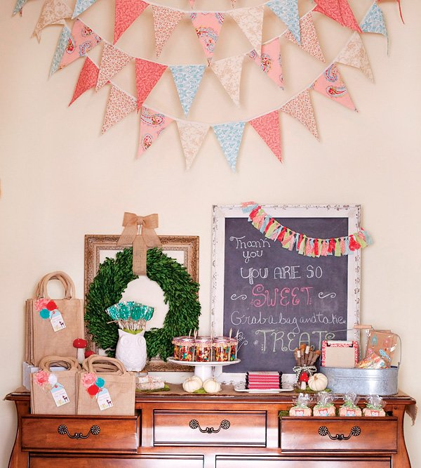 woodland party favor station