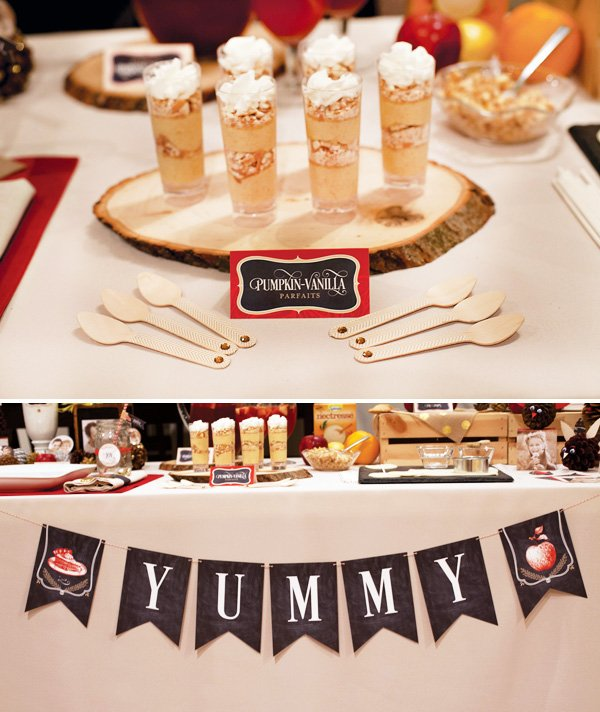 holiday christmas banner (yummy garland) and pumpkin parfaits